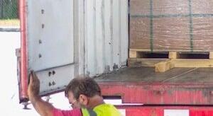 LTL shipping van